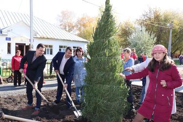 Акция «Зеленая Башкирия» в сквере Памяти